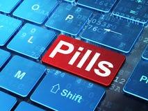 Vård- begrepp: Preventivpillerar på bakgrund för datortangentbord Arkivfoto