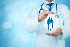 Vård- och medicinsk försäkring royaltyfri bild