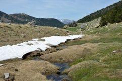Vårsikt av den Madriu-Perafita-Claror dalen Arkivbilder