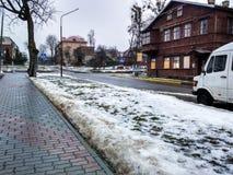 Vårsikt av gatan Arkivfoton
