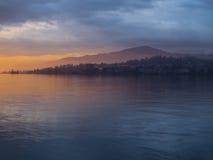 Vårsolnedgången i Montreux Royaltyfri Foto