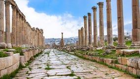 Våt Cardo Maximus väg i Jerash forntida Gerasa Royaltyfri Fotografi