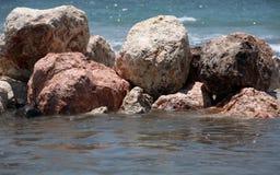 våta stenar Arkivbild
