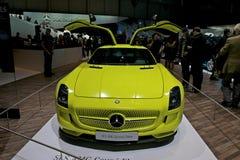 Véhicule électrique de concept d'entraînement de Mercedes-Benz SLS AMG Photo stock