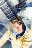 Véhicule actionné solaire images stock