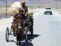 Véhicule contre le chariot Image libre de droits
