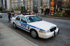 Véhicule de police de Victoria de tête de Ford dans NYC images libres de droits