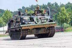 Véhicule de récupération blindé allemand, Bergepanzer 2 des commandes de Bundeswehr la journée 'portes ouvertes' au Burg de caser photographie stock