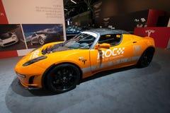 Véhicule de roadster de Tesla images libres de droits