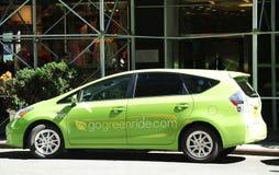 Véhicule de service de voiture de GoGreenRide dans Midtown Manhattan Photographie stock