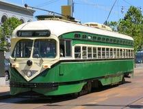 Véhicule historique de rue de San Francisco (vert) Photographie stock libre de droits