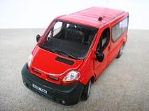 Véhicule modèle rouge - Van. Passe-temps, ramassage Image stock