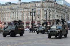 Véhicule tout-terrain de mobilité d'infanterie GAZ Tigr avec le système de missile guidé antichar Kornet Photo libre de droits