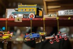 Véhicules accrochants de jouet en métal photo libre de droits