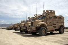 Véhicules blindés prêts pour l'émission en Afghanistan photos stock