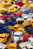Véhicules colorés de jouet Images stock
