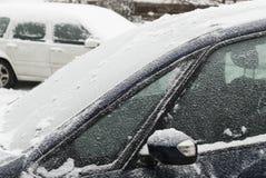 Véhicules dans la neige Images libres de droits