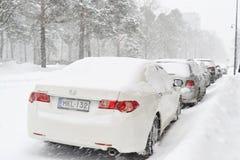 Véhicules dans la neige Photos libres de droits