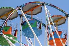 Véhicules de grande roue. Images libres de droits