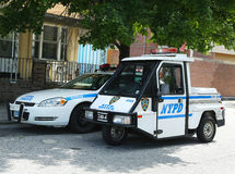 Véhicules de NYPD à Brooklyn, NY photographie stock libre de droits