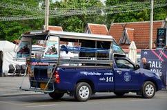 Véhicules de voiture de collecte dans la ville Pattaya Photographie stock libre de droits