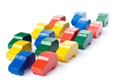 Véhicules en bois colorés image stock