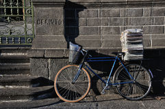 Vélo de facteur Photographie stock