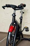 Vélo de gymnase Photos libres de droits