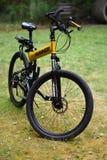 Vélo de montagne de survie, pliage, humner photographie stock