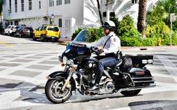 Vélo de policier de Miami Beach Etats-Unis d'état de la Floride Image stock