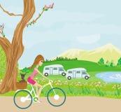 Vélo moteur heureux avec la fille mignonne illustration libre de droits