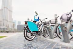Vélo partageant à Dubaï photographie stock