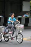 Vélo pour la maman Photographie stock