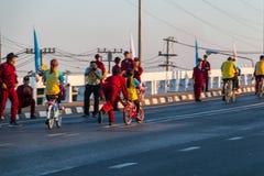 Vélo pour le papa Photo libre de droits
