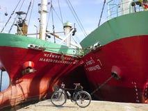 Vélo sur le port maritime Songkhla, Thaïlande Image libre de droits