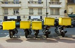 Vélomoteurs de la distribution de pizza Image libre de droits