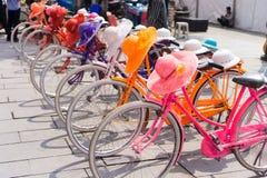 Vélos à Jakarta Photos libres de droits