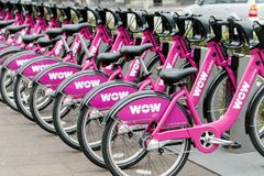Vélos à louer photos stock