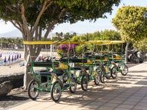 Vélos de croisière de touristes à quatre roues Images libres de droits