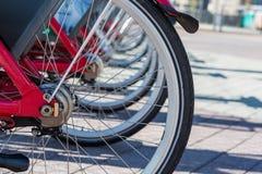Vélos de location chez Hyde Park Photo libre de droits