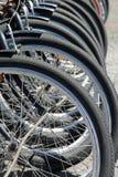 Vélos de location chez Hyde Park photo stock