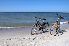 vélos de plage Photographie stock
