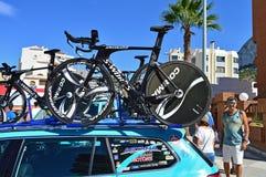 Vélos de procès de temps de S-travaux de Team Astana images libres de droits