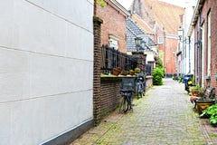 Vélos garés au centre historique Image stock
