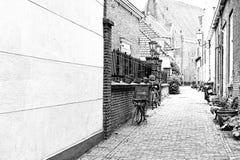 Vélos garés au centre historique Photo stock