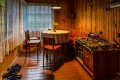 Véranda intérieure dans une maison de campagne Photographie stock