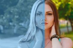 Vérification biométrique Jeune femme 15 Le concept d'une nouvelle technologie de la reconnaissance des visages sur la grille poly photo libre de droits