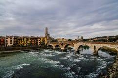 Vérone dans le jour nuageux, Vénétie, Italie Photo libre de droits