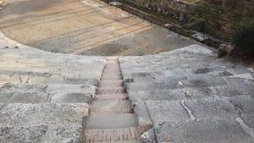 Vérone, Italie Le théâtre romain de Vérone est un théâtre romain antique au centre de la ville le long du fleuve Adige clips vidéos