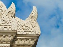 Vértice do frontão do templo tailandês Foto de Stock